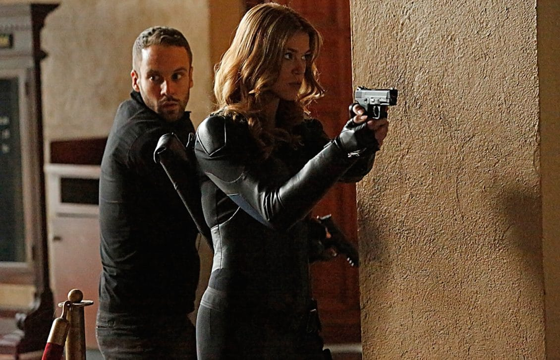 Agents of SHIELD Hunter Returns to Help Fitz